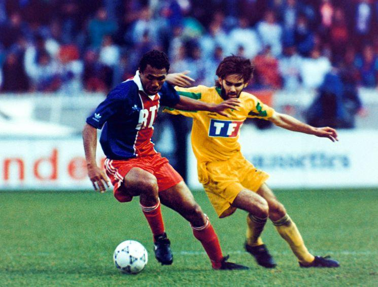 http://irofoot.s3.amazonaws.com/images/photos/article/Coupe-de-France-1993-Kombouare_diaporama.jpg
