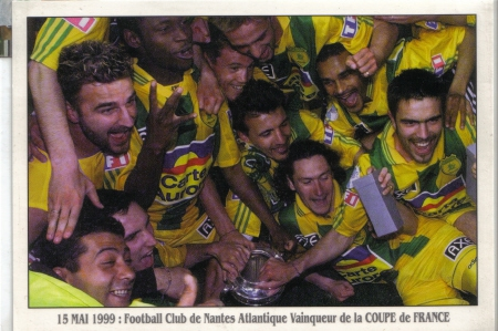 http://irofoot.s3.amazonaws.com/images/photos/article/cdf-1999-finale-nantes-sedan-2_37787aefebf433be859d838808ba84a6.jpg