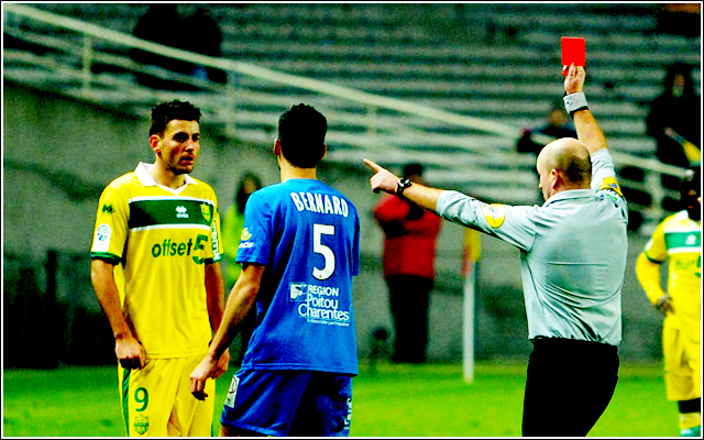 http://irofoot.s3.amazonaws.com/images/photos/article/contre_niort_moreira_sort_djo.jpg