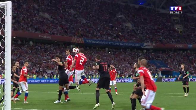http://irofoot.s3.amazonaws.com/images/photos/article/coupe-monde-de-fifa-2018-voir-but-de-fernandes-russie-croatie-8724ed-0@1x.jpg