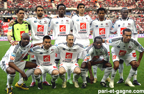 http://irofoot.s3.amazonaws.com/images/photos/article/guingamp2009.jpg