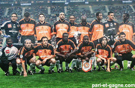 http://irofoot.s3.amazonaws.com/images/photos/article/lorient2002.jpg