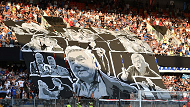http://irofoot.s3.amazonaws.com/images/photos/article/loulou_tifo.png