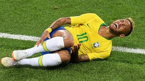 http://irofoot.s3.amazonaws.com/images/photos/article/neymar-a-la-coupe-du-monde-en-russie_231083.jpg
